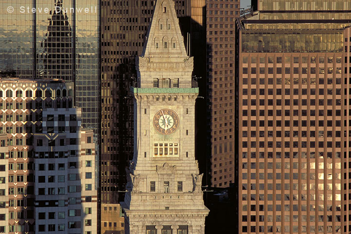 Customs House tower © Steve Dunwell